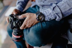 things to know before hiring a wedding photographer